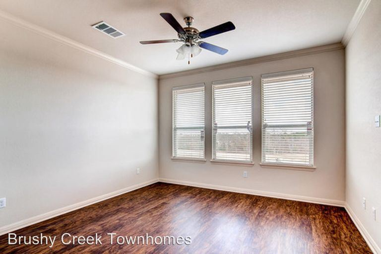 2 Bedrooms 2 Bathrooms Apartment for rent at 2017 Muirfield Bend Drive 101-1201 in Hutto, TX
