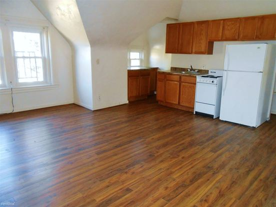 2 Bedrooms 1 Bathroom Apartment for rent at 5506 Stanton Ave in Pittsburgh, PA