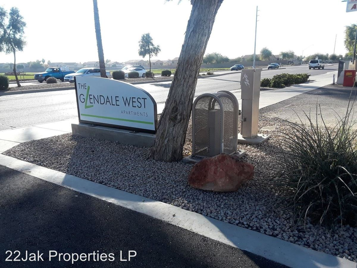 3 Bedrooms 1 Bathroom Apartment for rent at 7020 N 75th Ave. Ste 123 in Glendale, AZ