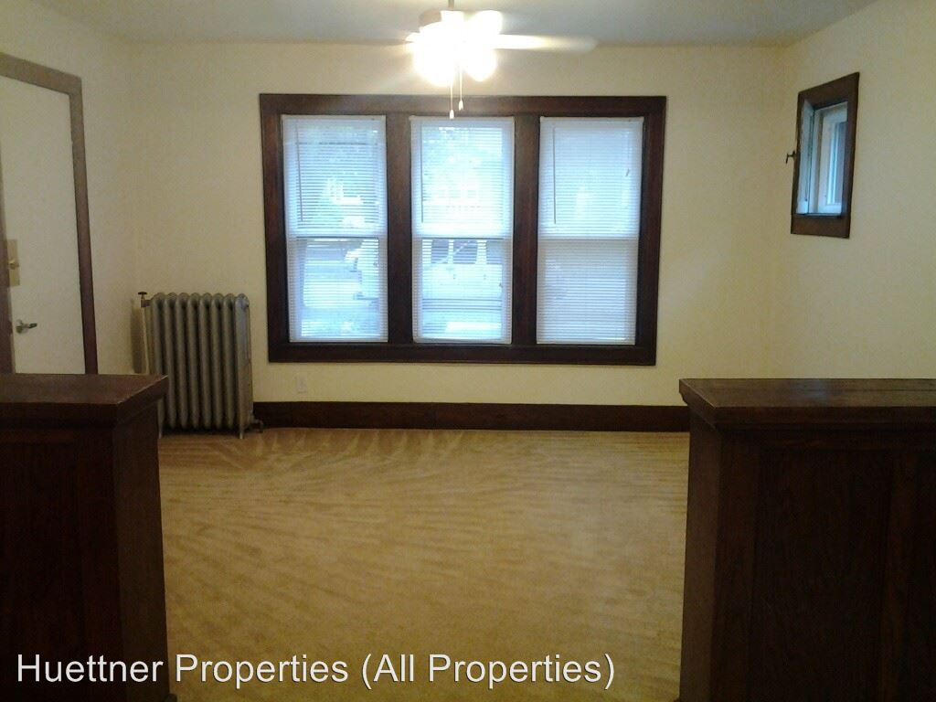 1 Bedroom 1 Bathroom Apartment for rent at 3313-3319 West Wells Street in Milwaukee, WI