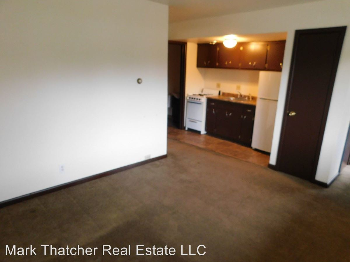 1 Bedroom 1 Bathroom Apartment for rent at 2812 E. Bolivar Ave. in St Francis, WI