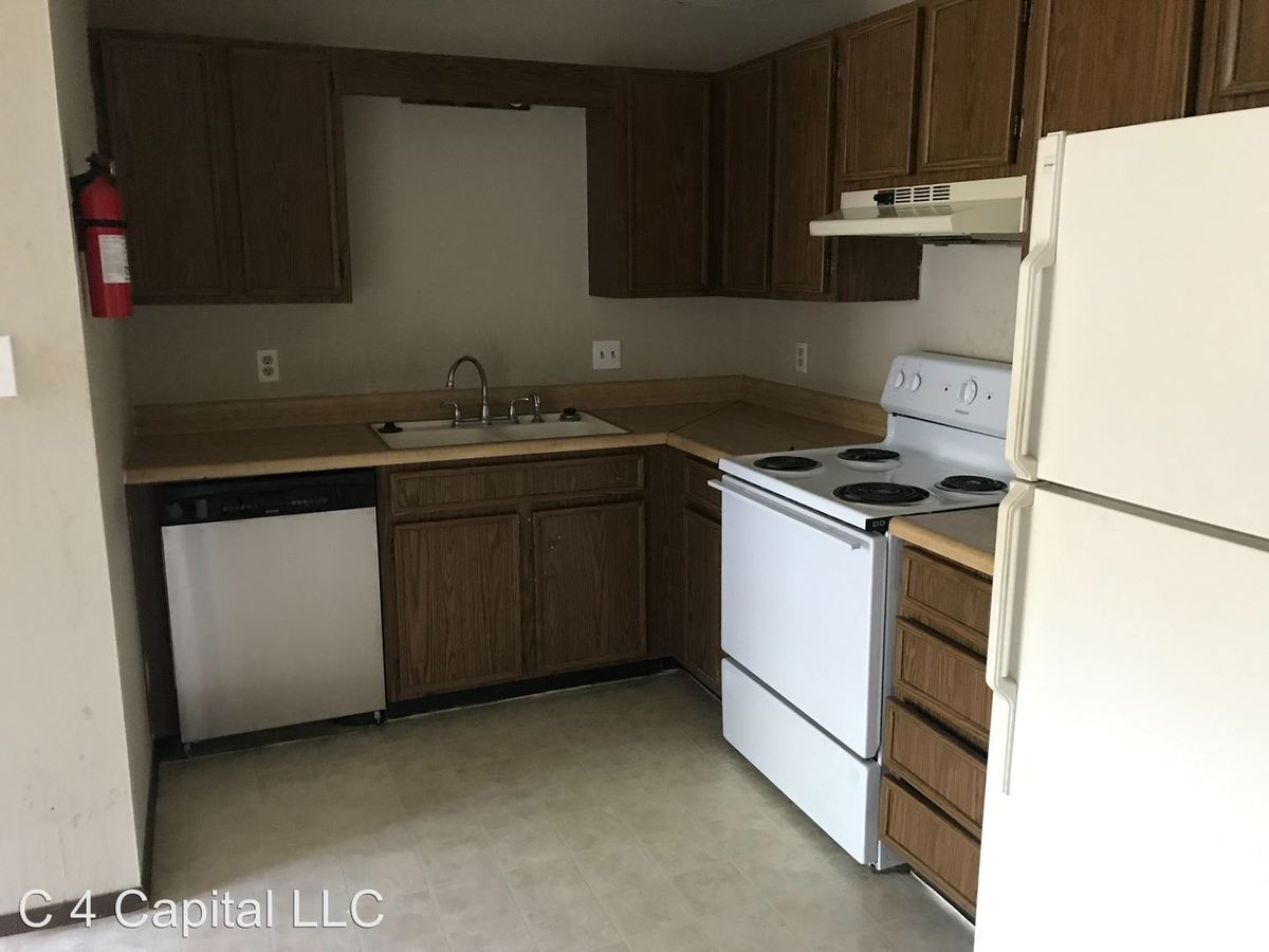 2 Bedrooms 1 Bathroom Apartment for rent at 240 Apple Tree Ct in Columbia, MO