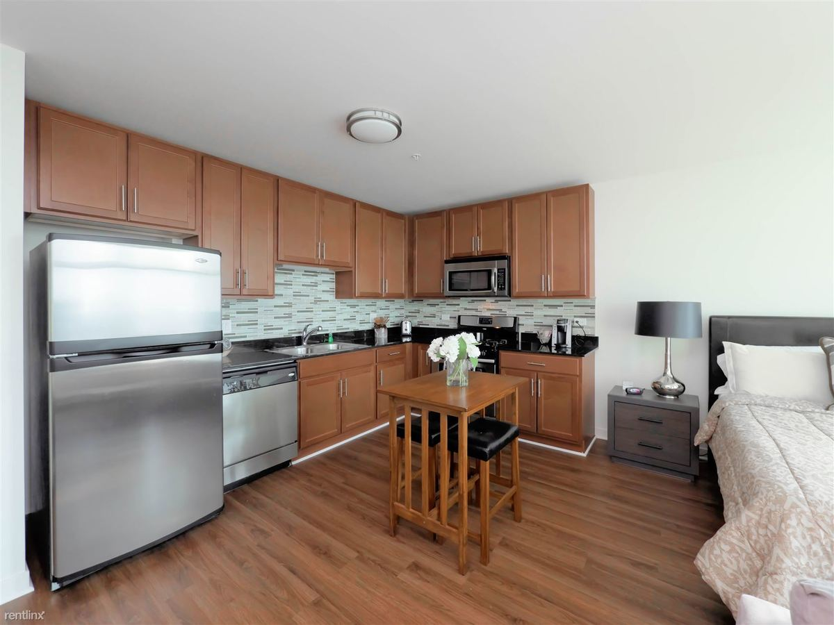 Studio 1 Bathroom Apartment for rent at Alta At K Station in Chicago, IL