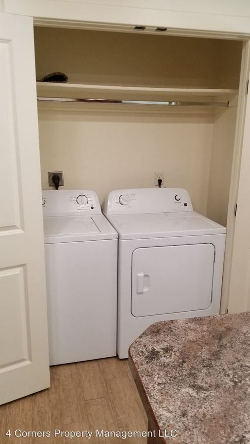 2 Bedrooms 1 Bathroom Apartment for rent at 892 Everette Place in Rexburg, ID