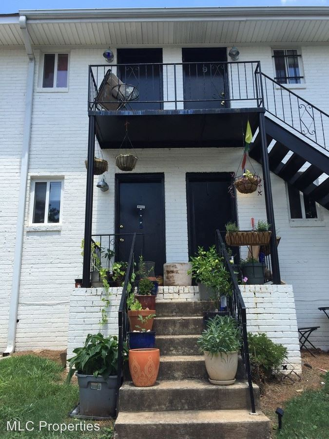 2 Bedrooms 1 Bathroom Apartment for rent at 436 N Highland Ave Ne in Atlanta, GA