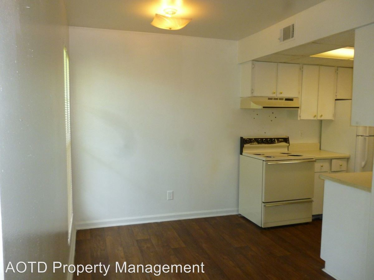 1 Bedroom 1 Bathroom Apartment for rent at 457 White Dr in Tallahassee, FL