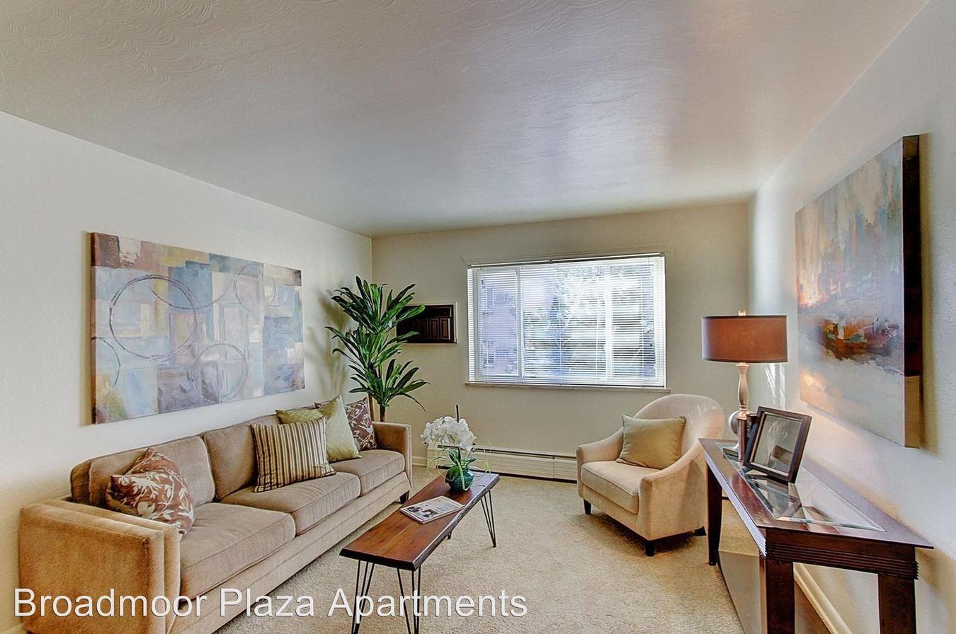 Studio 1 Bathroom Apartment for rent at Broadmoor Plaza in Littleton, CO