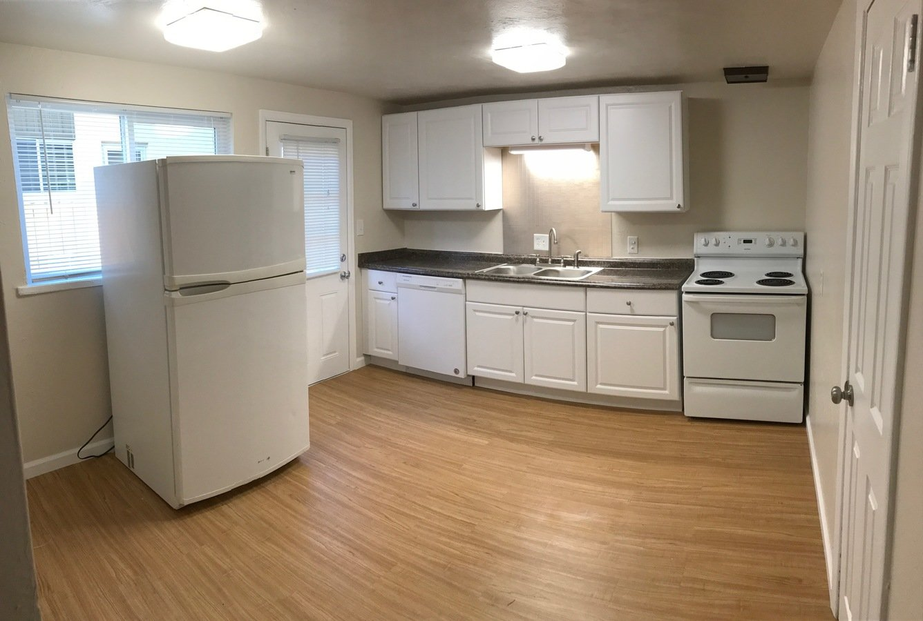 2 Bedrooms 1 Bathroom Apartment for rent at Barcelona in Lakewood, CO