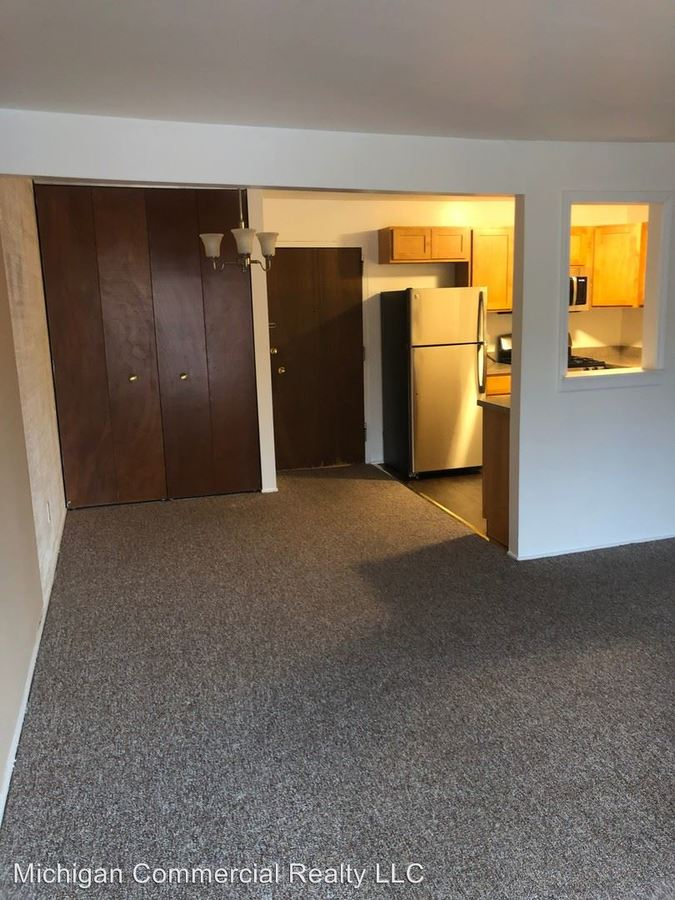 1 Bedroom 1 Bathroom Apartment for rent at 2041-2047 Jackson Ave in Ann Arbor, MI