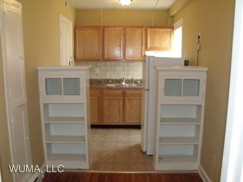 Studio 1 Bathroom Apartment for rent at 2032-2040 N. High in Columbus, OH