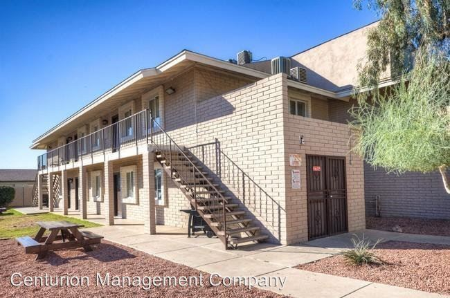 Studio 1 Bathroom Apartment for rent at 9645 North 11th Ave in Phoenix, AZ