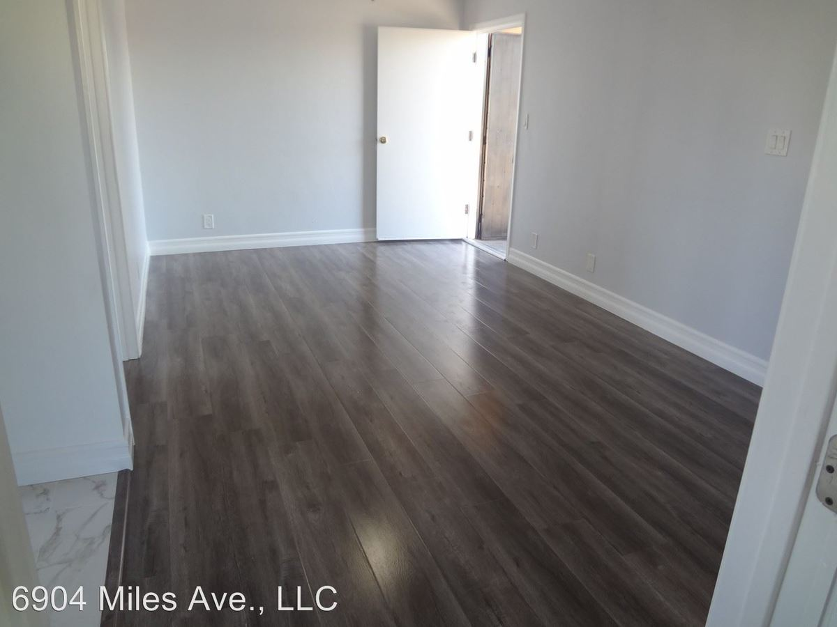 6904 Miles Ave Huntington Park, CA Apartment for Rent