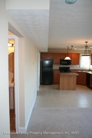 3 Bedrooms 2 Bathrooms Apartment for rent at Clay's Pointe Duplexes in Elizabethtown, KY