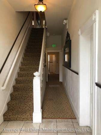 Studio 4+ Bathrooms Apartment for rent at 279 E San Fernando St in San Jose, CA