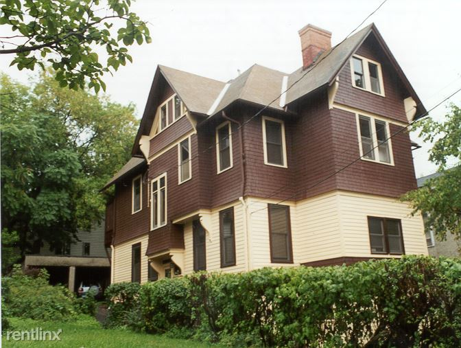 Studio 1 Bathroom Apartment for rent at 127 College Avenue in Ithaca, NY