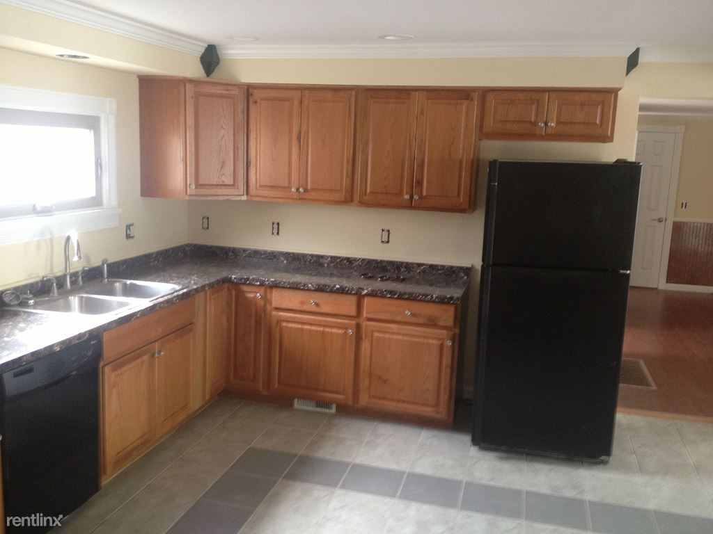 2 Bedrooms 2 Bathrooms Apartment for rent at West Green Street Apartments And Commercial Space in Ithaca, NY