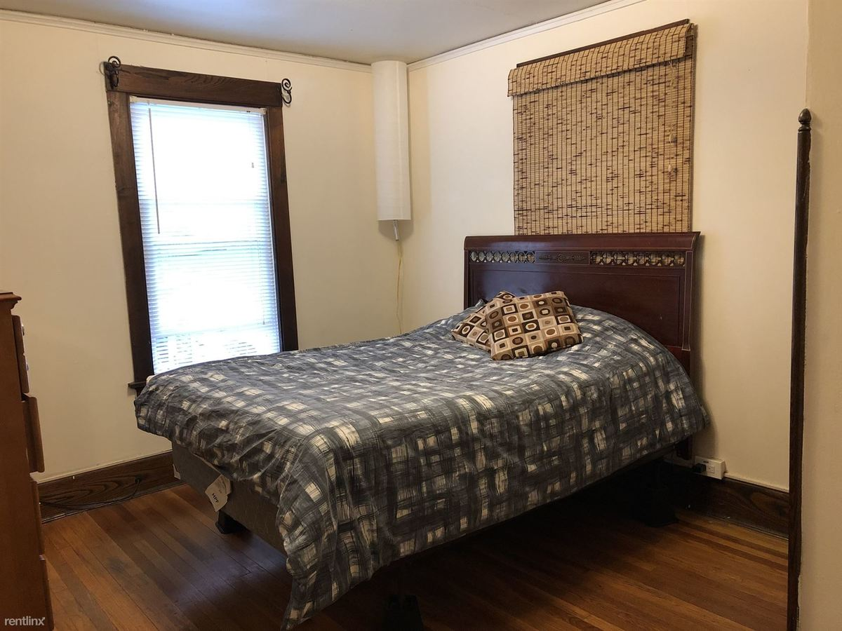 3 Bedrooms 1 Bathroom Apartment for rent at Spencer Street in Ithaca, NY