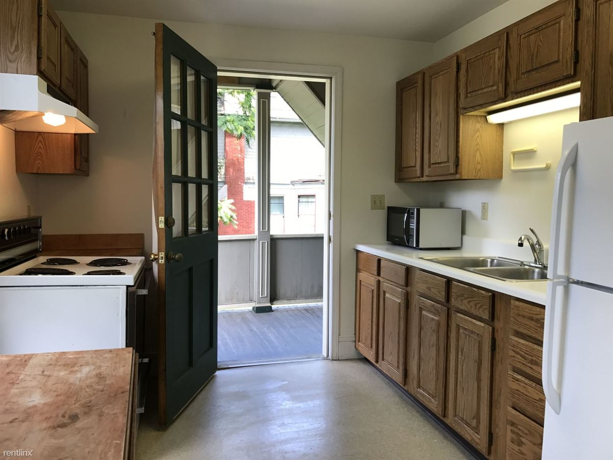 1 Bedroom 1 Bathroom Apartment for rent at 422 in Ithaca, NY