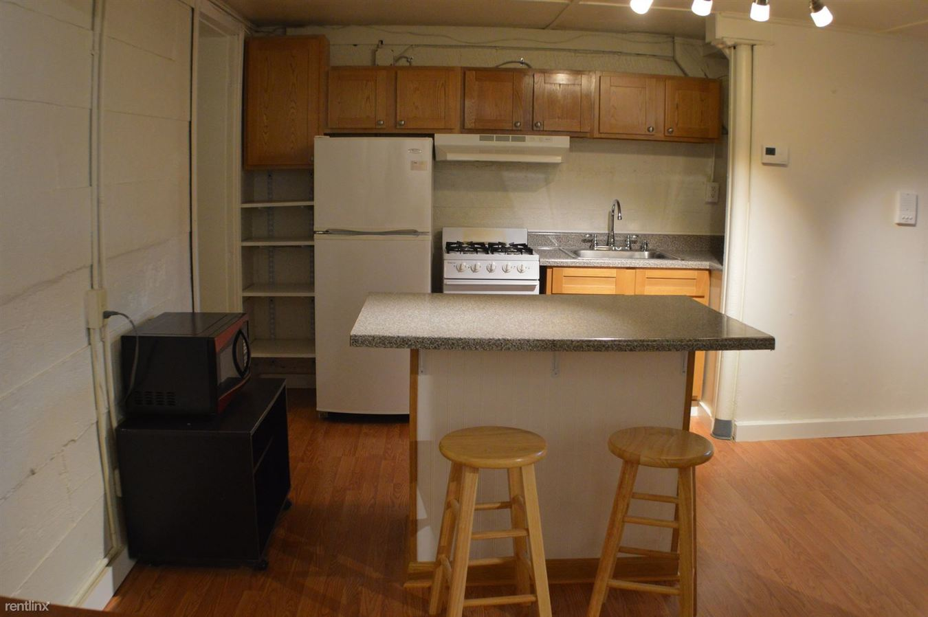 2 Bedrooms 1 Bathroom Apartment for rent at 710 Stewart Avenue in Ithaca, NY