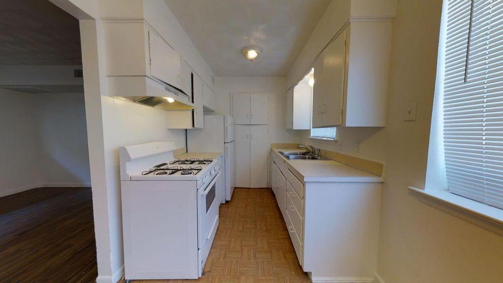 The Charleston rental