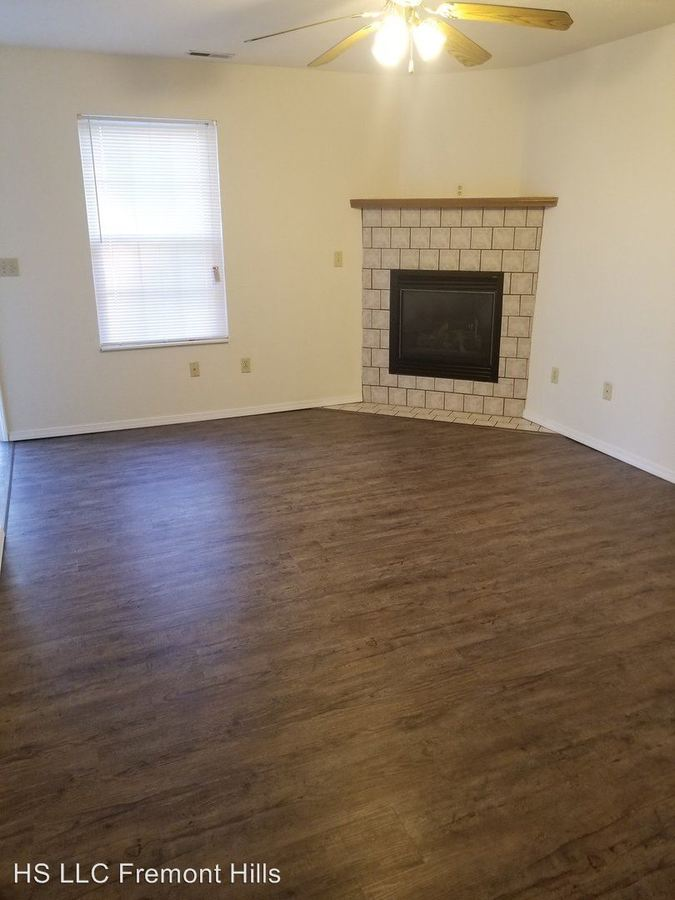2 Bedrooms 2 Bathrooms Apartment for rent at Petrus Circle in Ozark, MO