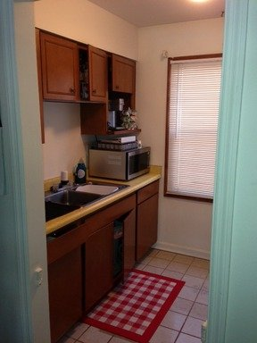 2 Bedrooms 1 Bathroom Apartment for rent at 707 PENNSBURY BLVD in Pittsburgh, PA