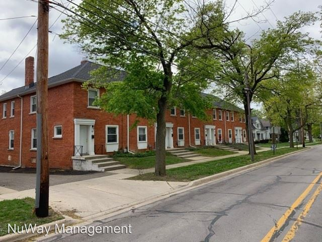3 Bedrooms 1 Bathroom Apartment for rent at W Oliver St in Owosso, MI