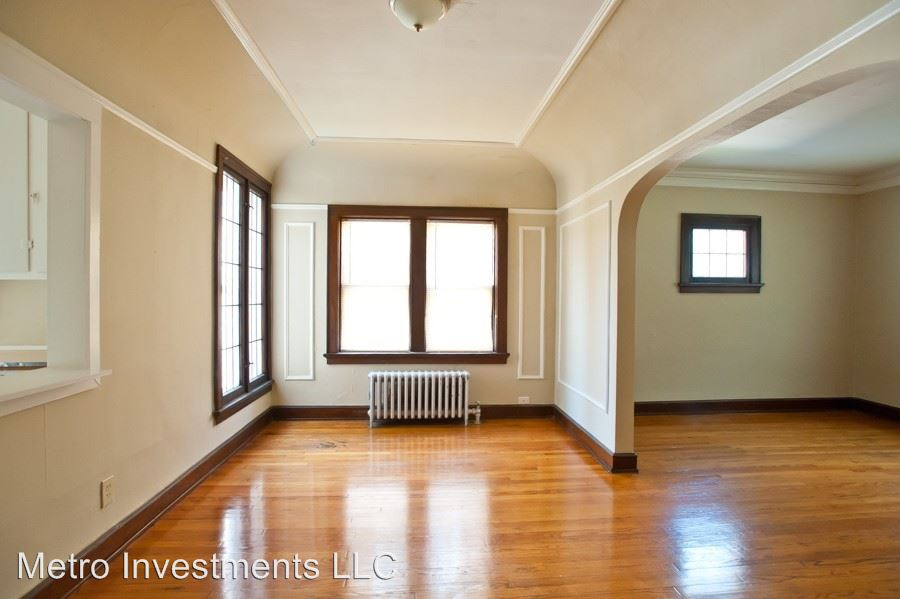 1 Bedroom 1 Bathroom Apartment for rent at 3817 N Humboldt 1-8 in Milwaukee, WI