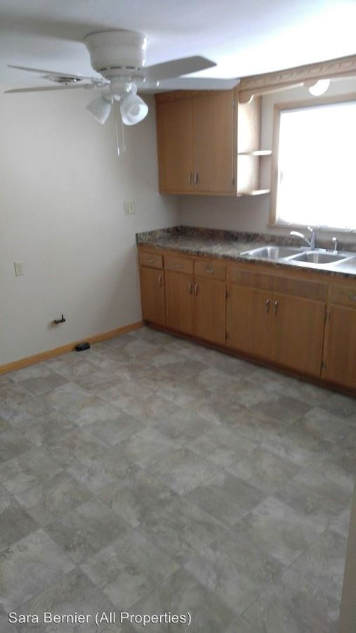 3 Bedrooms 1 Bathroom Apartment for rent at 4670-4672 North 45th Street in Milwaukee, WI