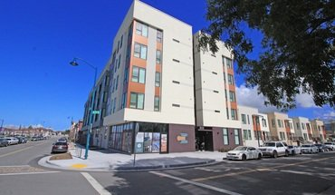 Coliseum Connect Apartment for rent in Oakland, CA