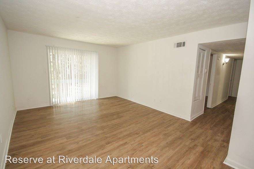2 Bedrooms 1 Bathroom Apartment for rent at 5470 Riverdale Rd in College Park, GA