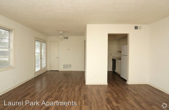 1 Bedroom 1 Bathroom Apartment for rent at 5758 Highway 85 in Riverdale, GA