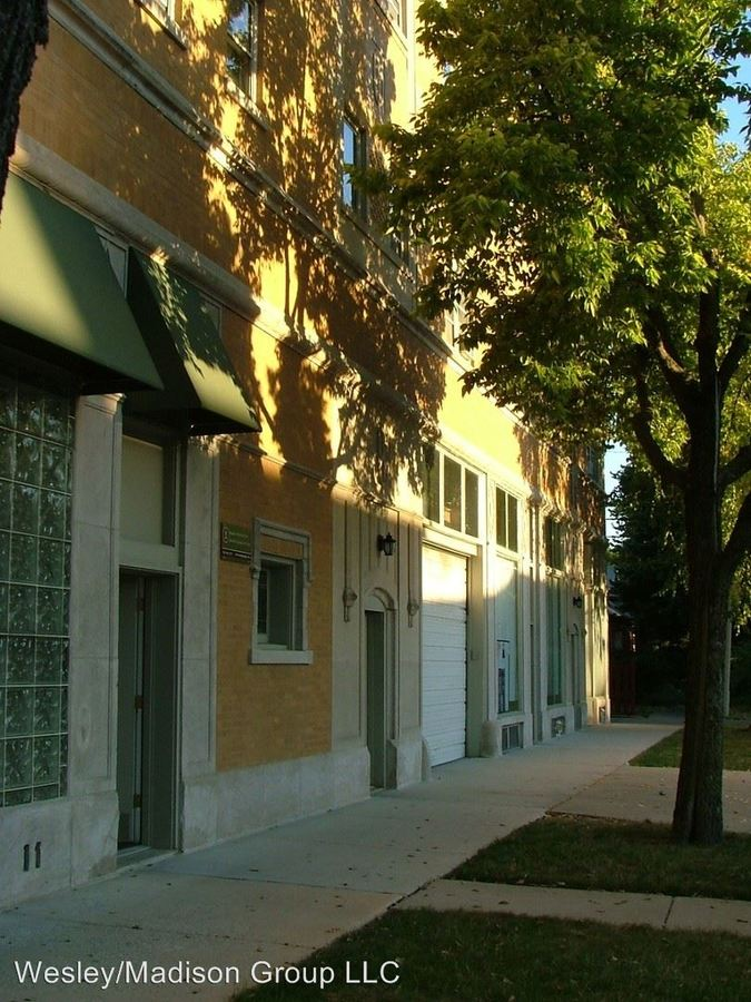 1 Bedroom 1 Bathroom Apartment for rent at 645-649 Madison 504-510 Wesley in Oak Park, IL