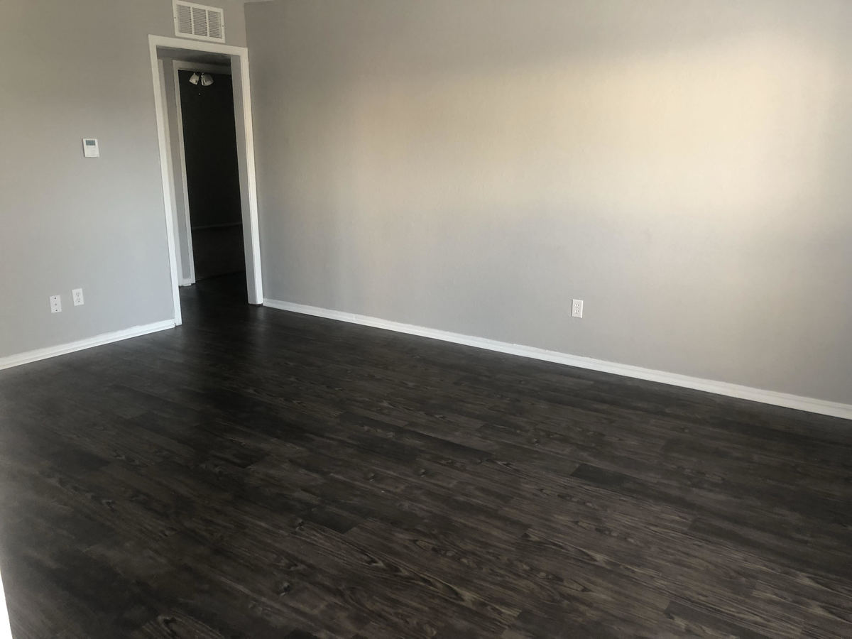 2 Bedrooms 1 Bathroom Apartment for rent at Sterling Park Apartments in Norman, OK