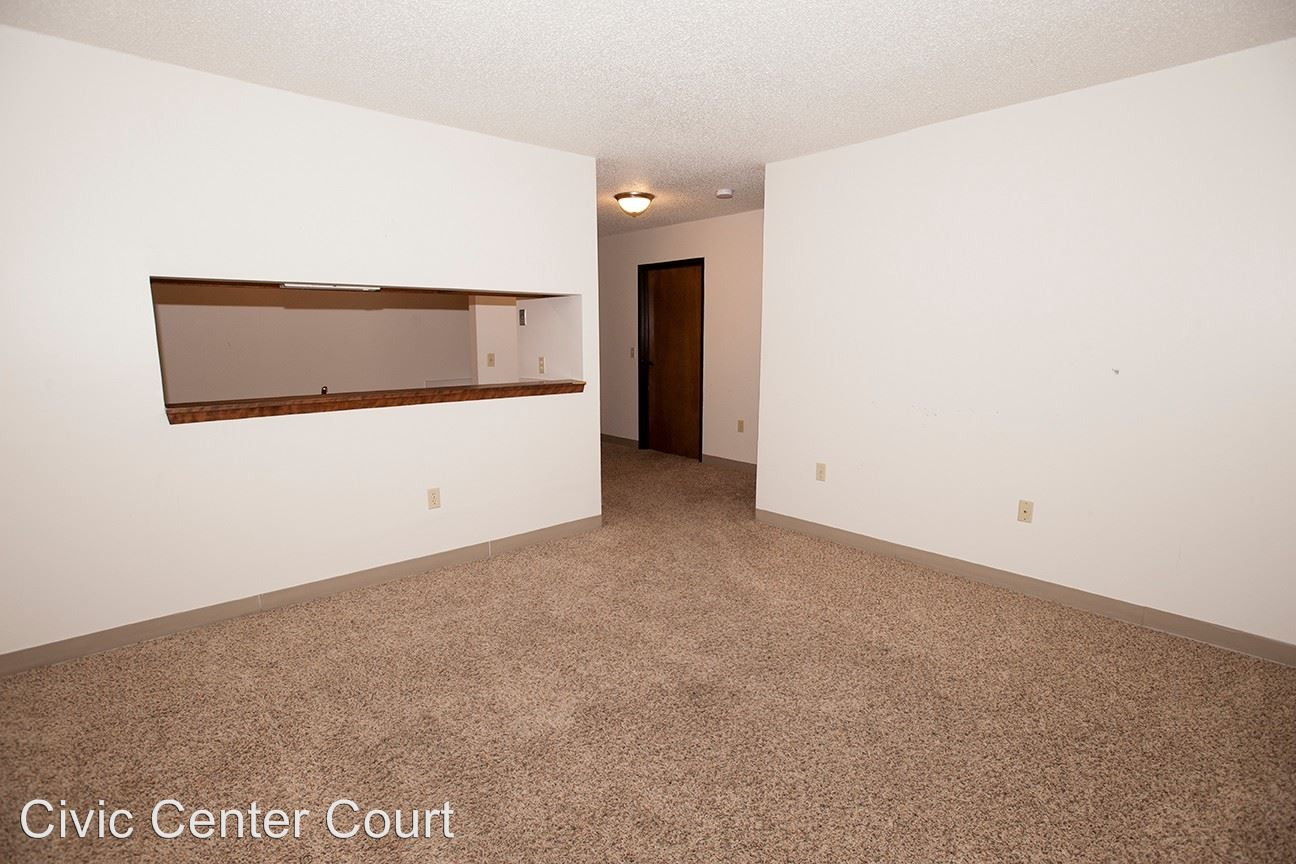 1 Bedroom 1 Bathroom Apartment for rent at 200 Grand Avenue in Des Moines, IA