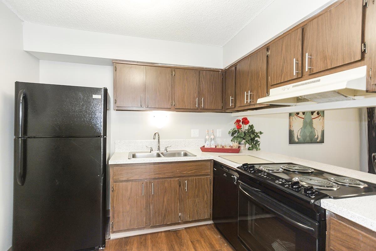 Shadow Creek Apartments Kansas City Mo