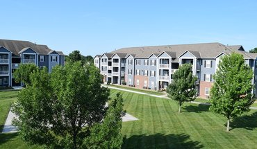 Parkway Commons Apartment for rent in Lawrence, KS
