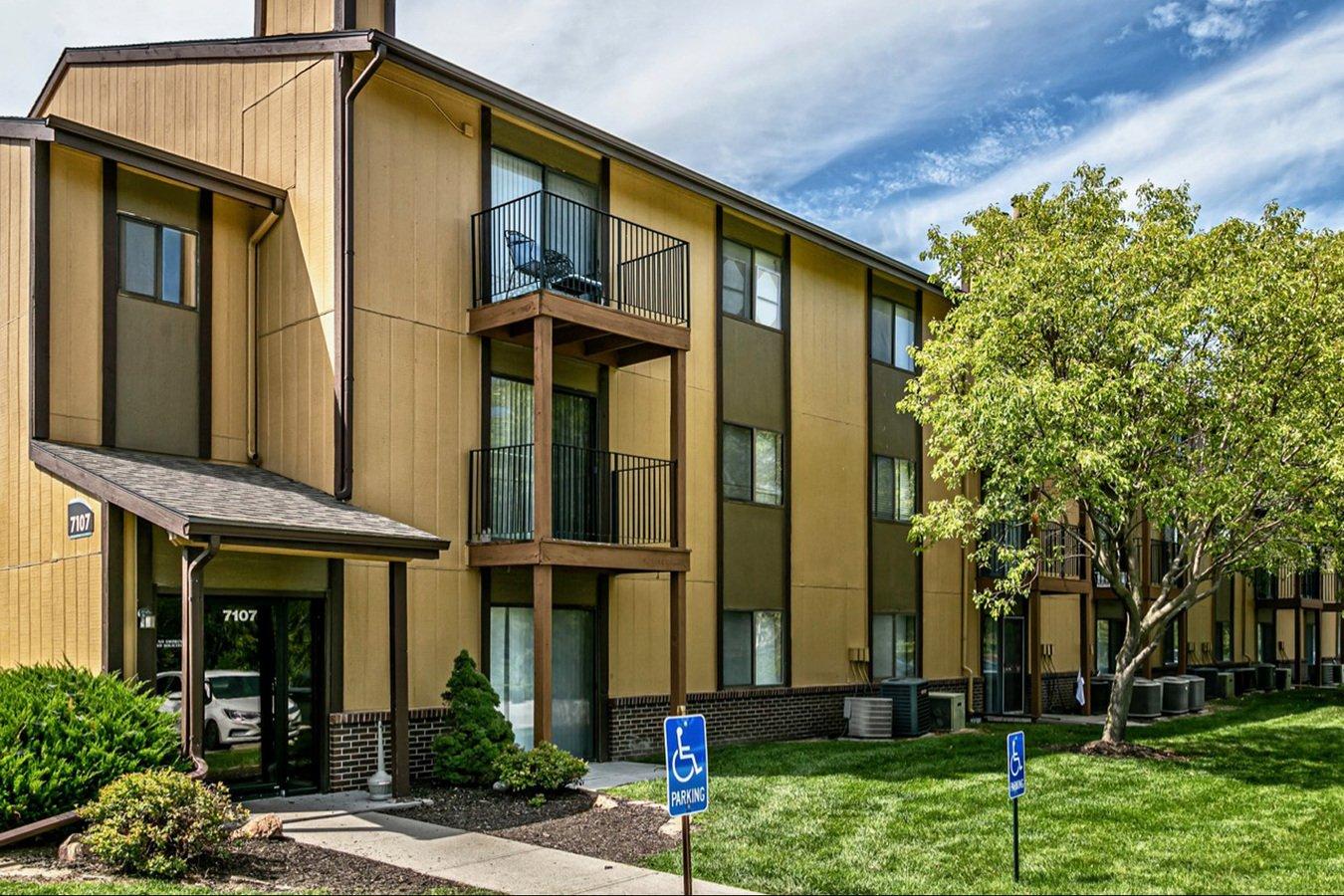 Willow Creek Apartments Omaha, NE