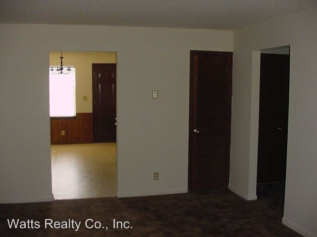 2 Bedrooms 1 Bathroom Apartment for rent at 650-688 South Parkell Avenue in Hueytown, AL
