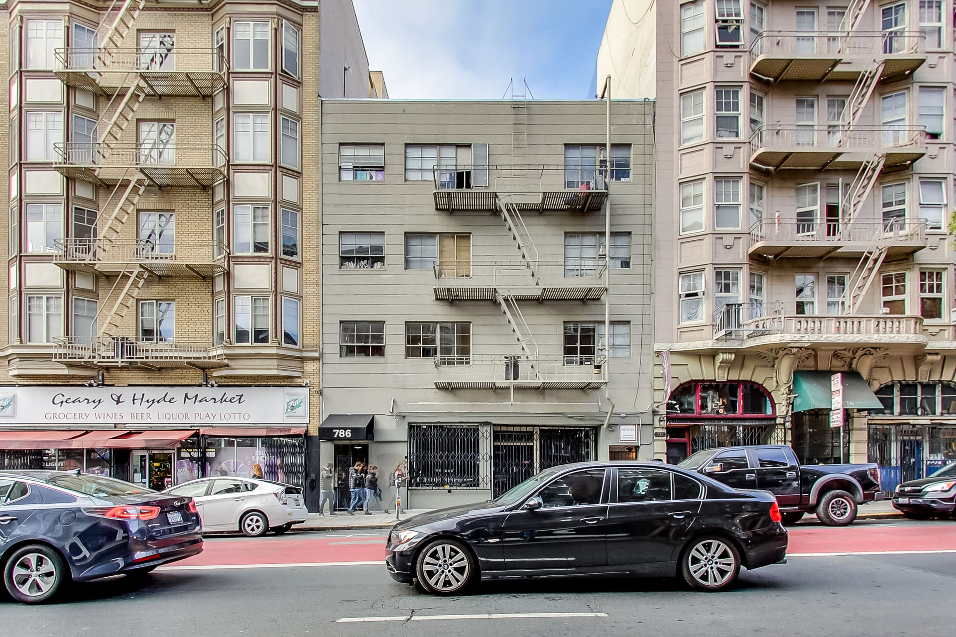 784 Geary Apartments
