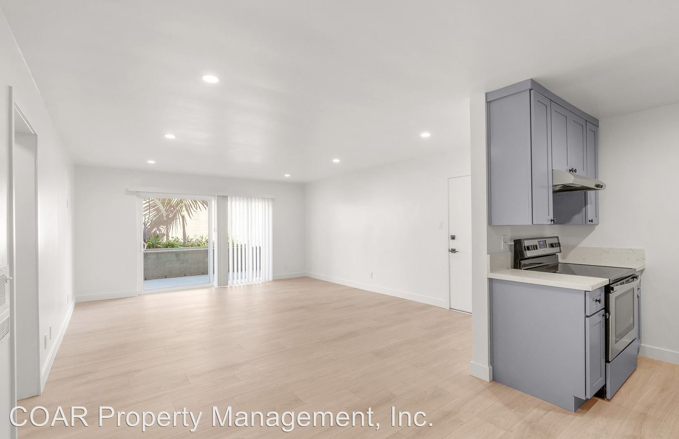 2 Bedrooms 1 Bathroom Apartment for rent at 1867 Temple Avenue in Signal Hill, CA