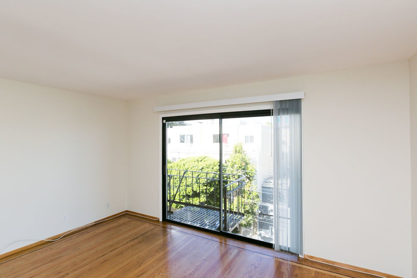 2 Bedrooms 1 Bathroom Apartment for rent at 3875 18th Street Apartments in San Francisco, CA