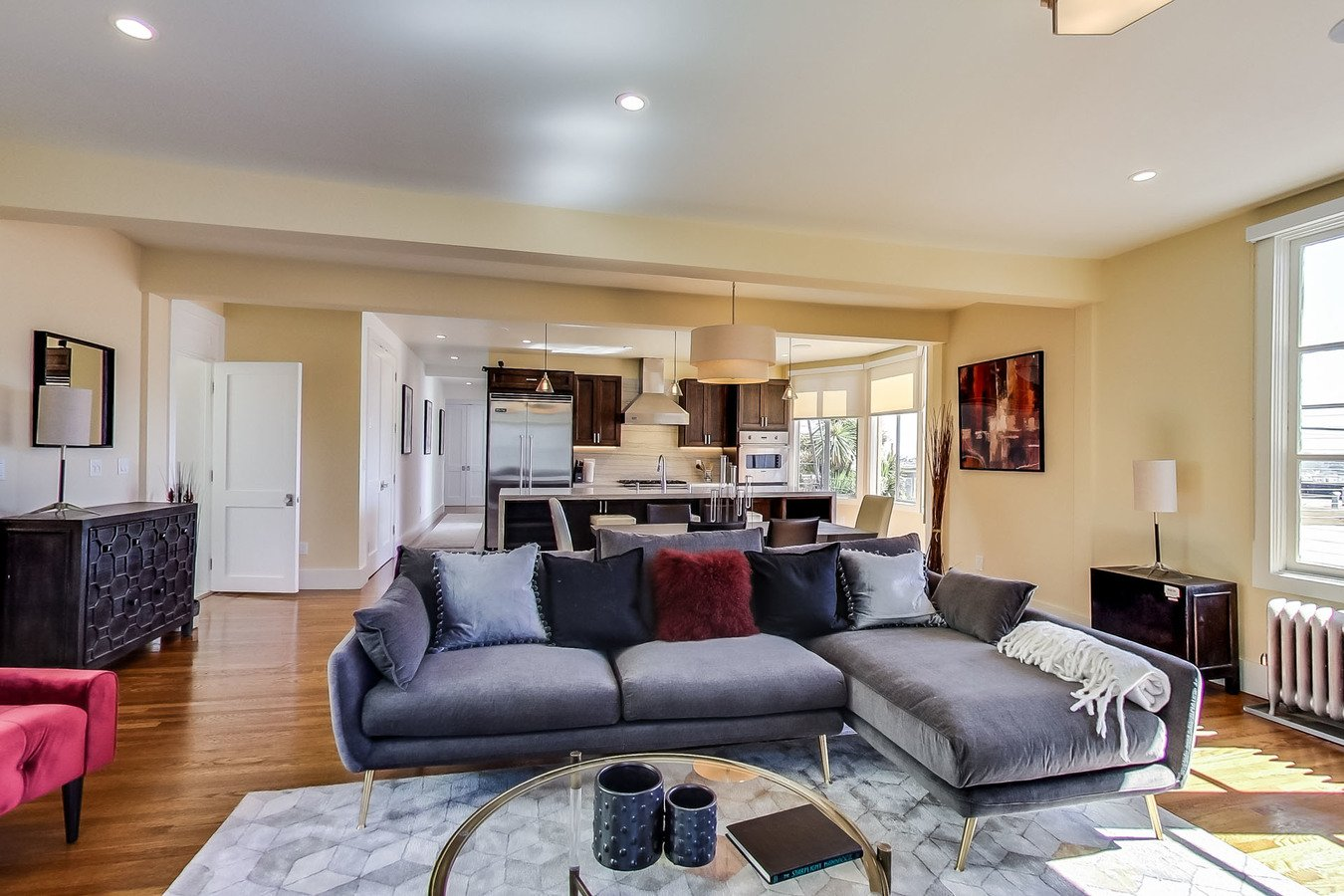 4 Bedrooms 4+ Bathrooms Apartment for rent at 1340 Taylor Apartments & Suites in San Francisco, CA