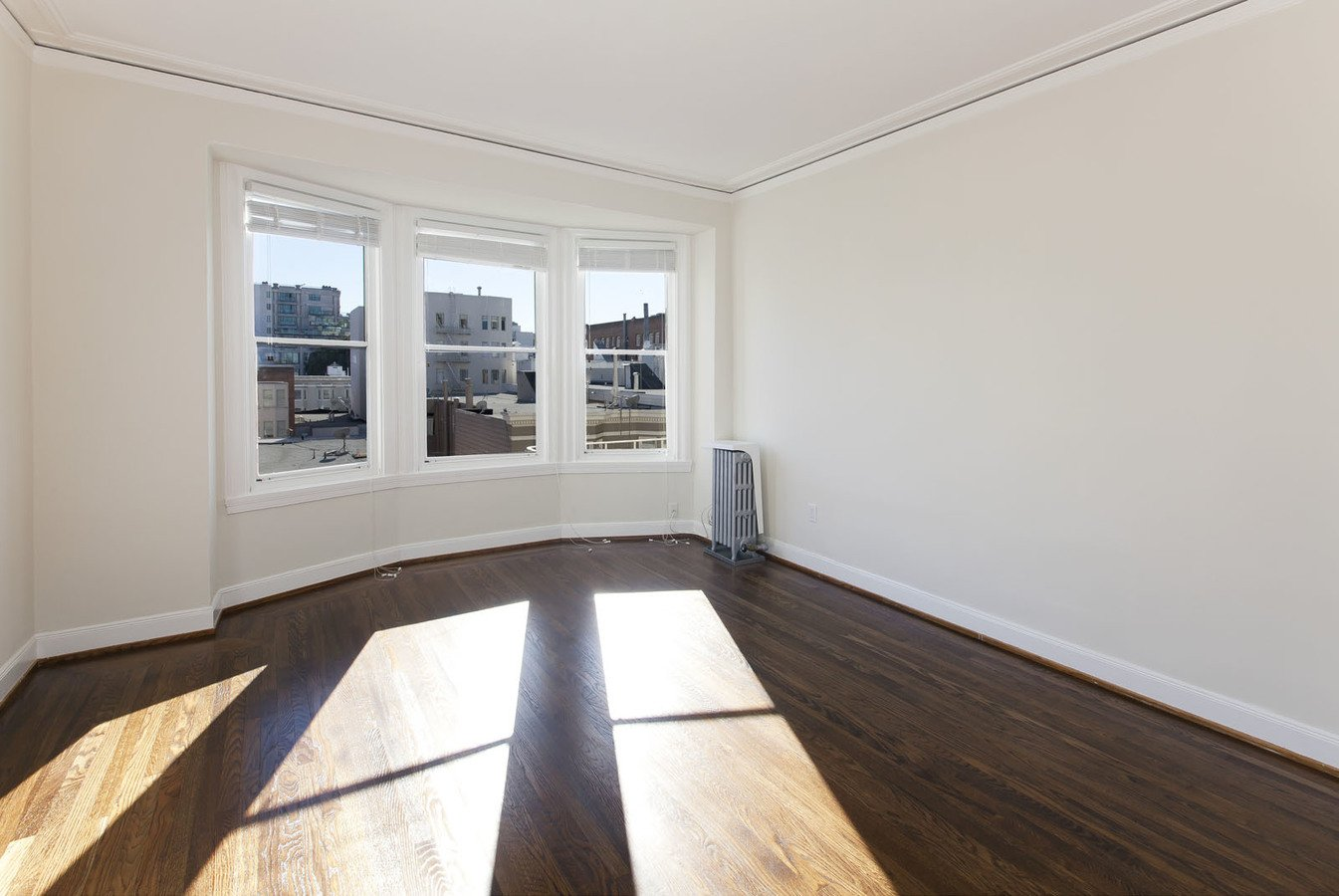 1 Bedroom 1 Bathroom Apartment for rent at 1840 Clay Apartments in San Francisco, CA