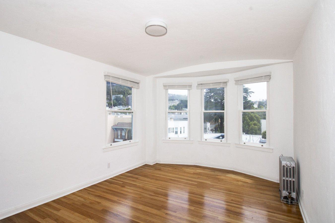 2 Bedrooms 1 Bathroom Apartment for rent at 350 Judah Apartments in San Francisco, CA
