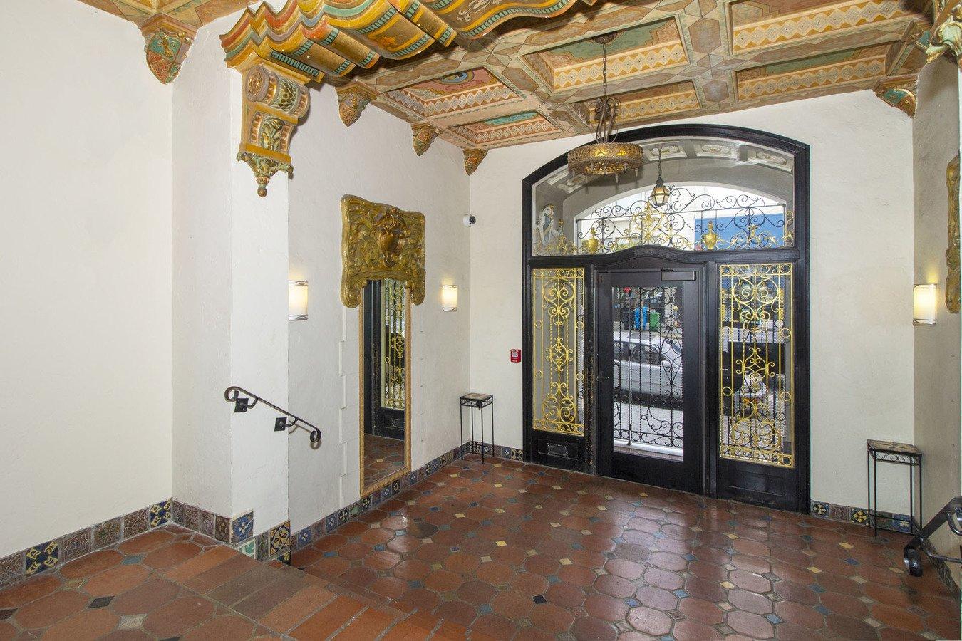 Studio 1 Bathroom Apartment for rent at 350 Judah Apartments in San Francisco, CA