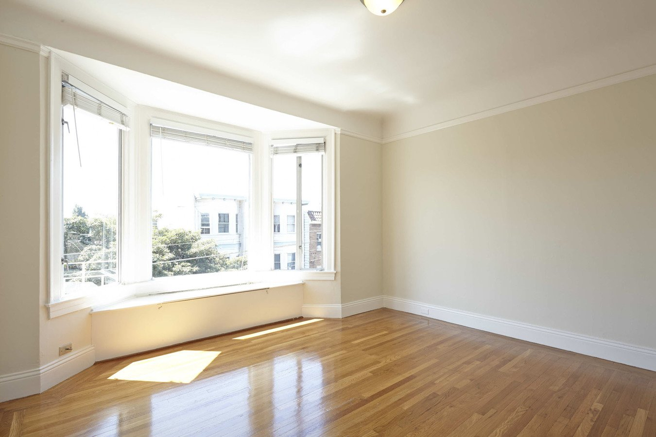 1 Bedroom 1 Bathroom Apartment for rent at 470 14th Street Apartments in San Francisco, CA