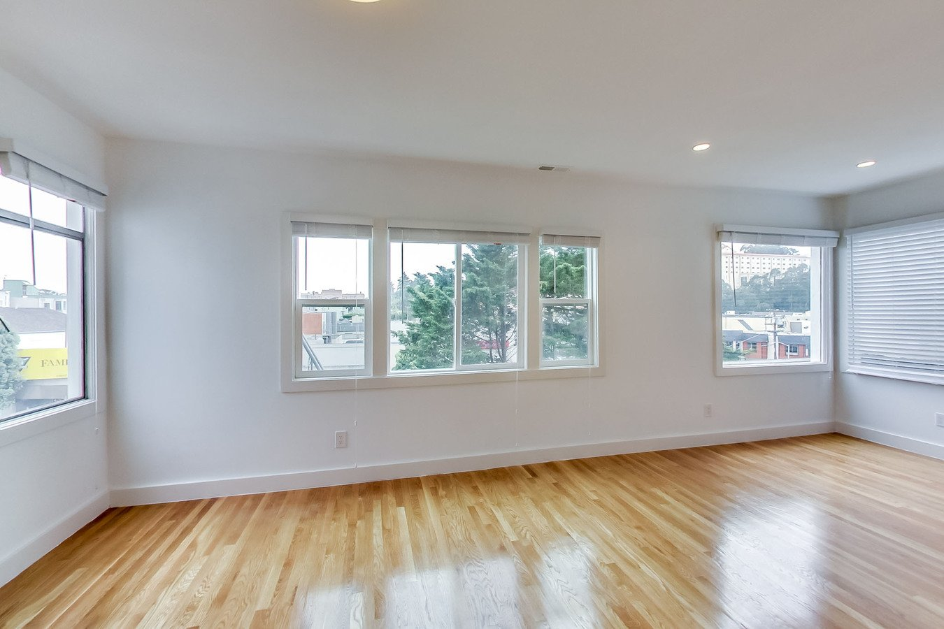 1 Bedroom 1 Bathroom Apartment for rent at 2828 Geary Apartments in San Francisco, CA