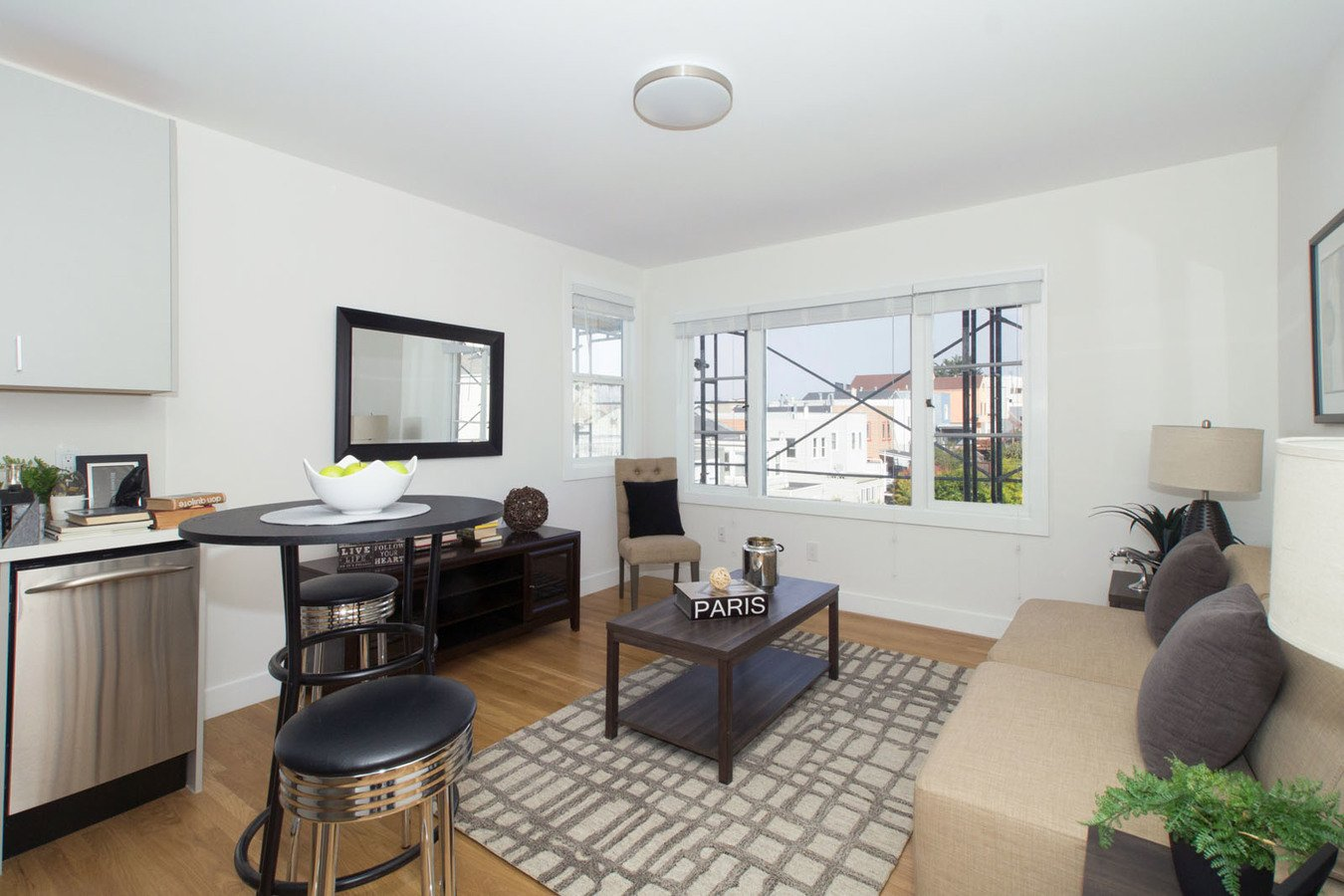 2 Bedrooms 1 Bathroom Apartment for rent at 2828 Geary Apartments in San Francisco, CA