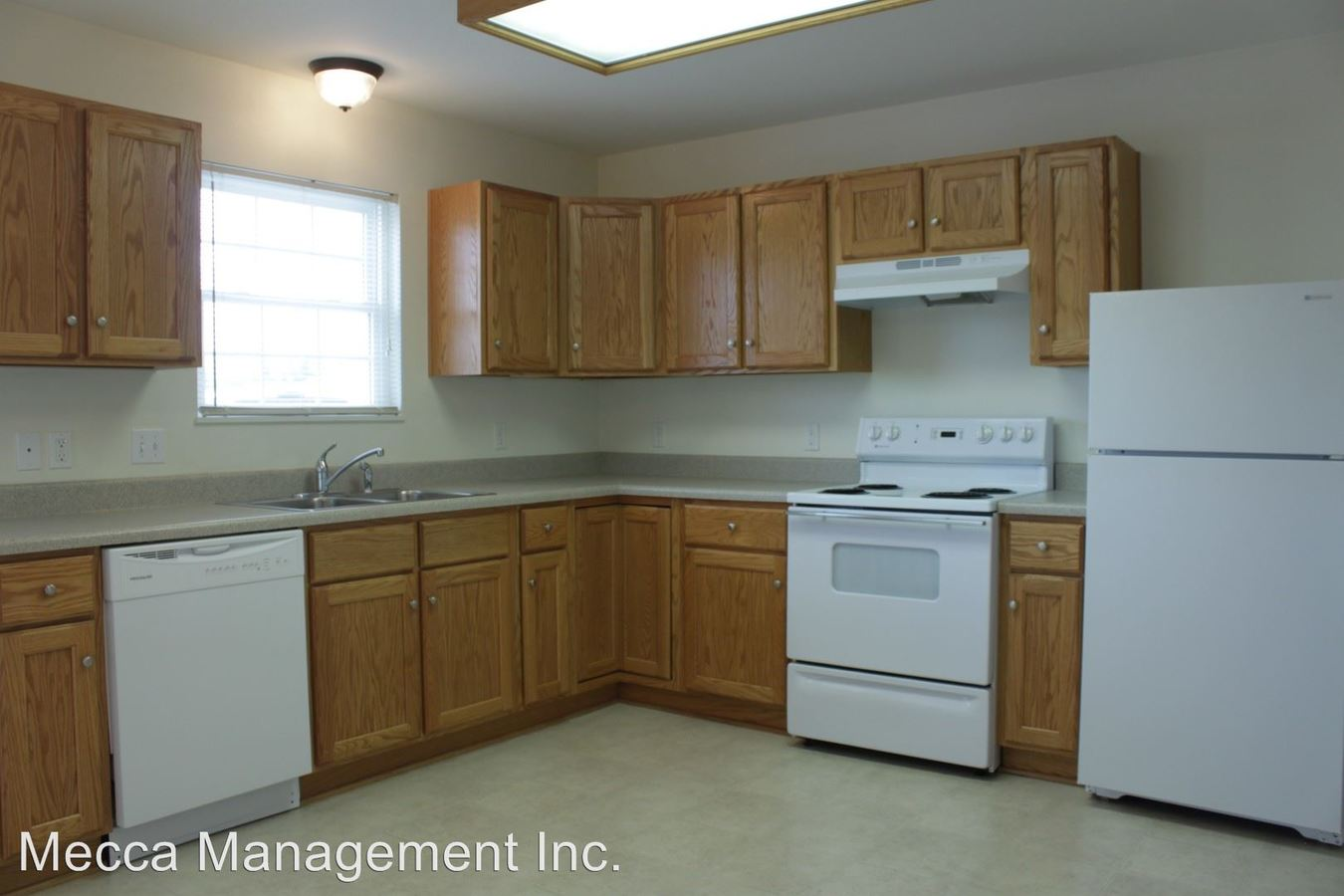 2 Bedrooms 1 Bathroom Apartment for rent at 7133-7159 Triumph Lane 7078-7106,29030-29096 Winners Circle in Perrysburg, OH